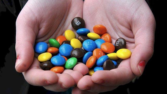 Hırsızın Elindeki Şeker